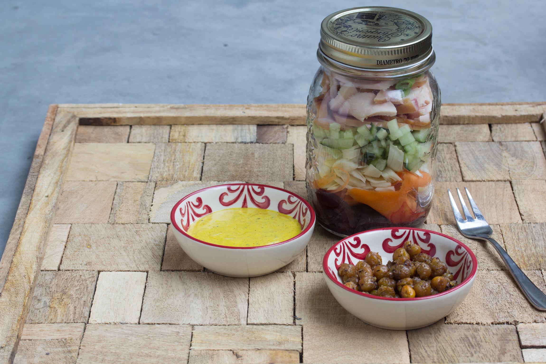 Salade gerookte kip en rode biet