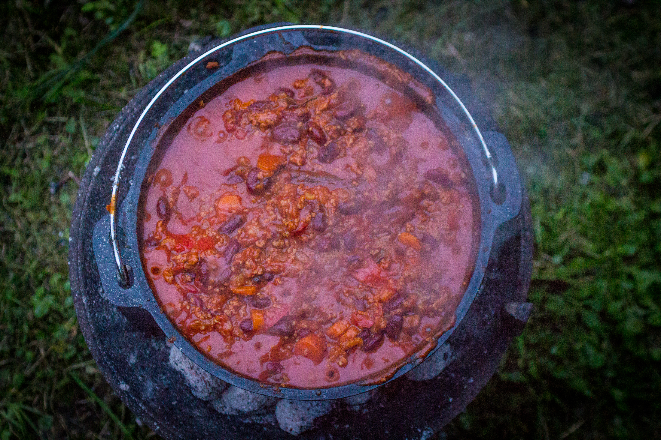 Chili con carne in de Dutch oven